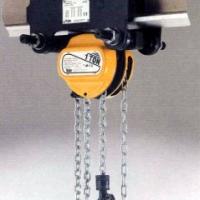 Stirnradflaschenzug mit Rollfahrwerk