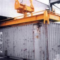 Containerspreader